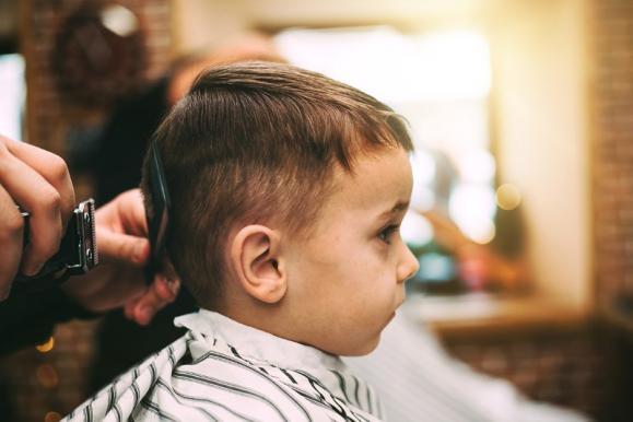 coiffeur pour bébé